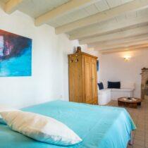 Schlafzimmer-Blau-Kamin-IMG_4424